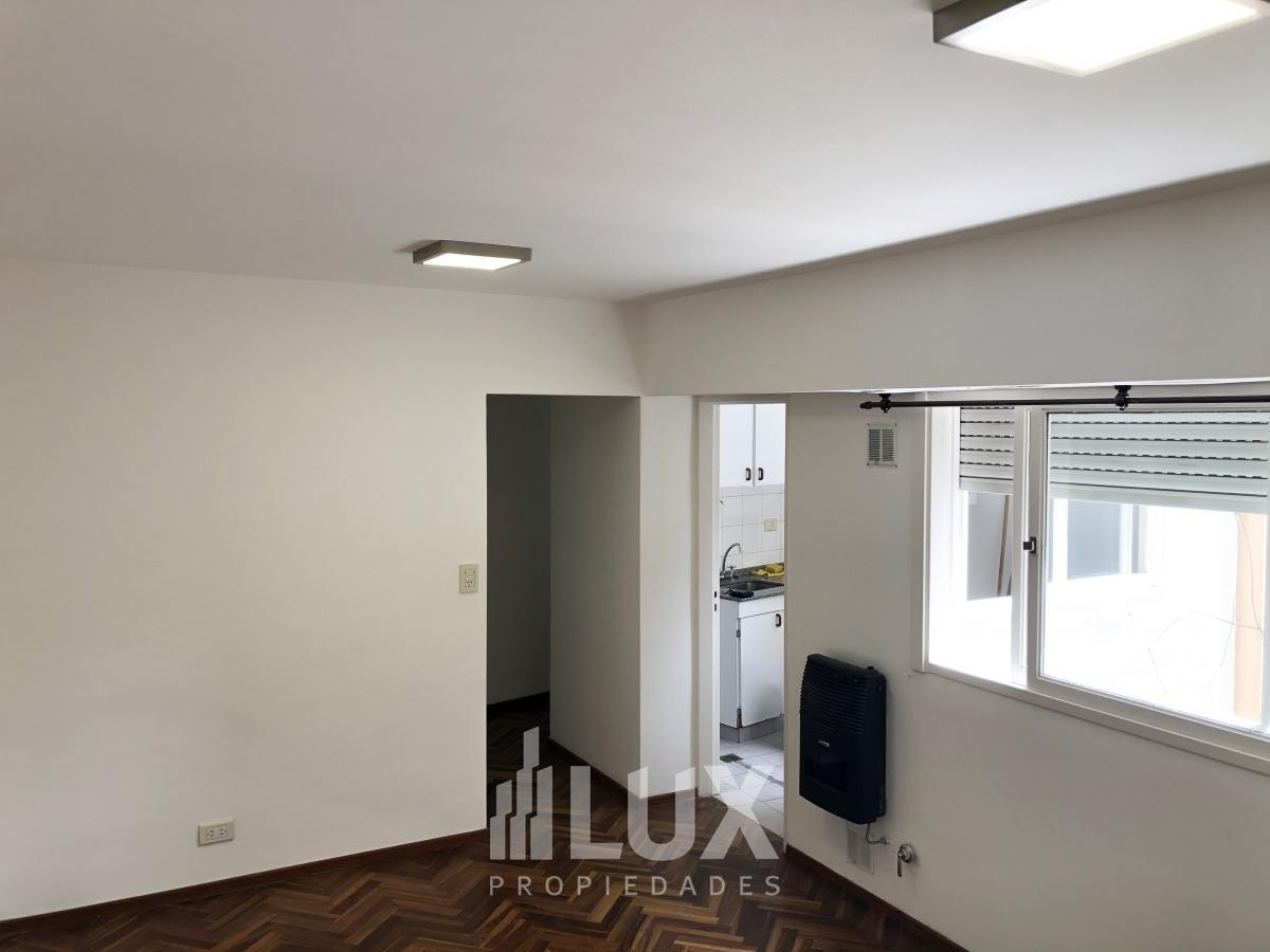 Venta departamento un dormitorio Piso alto Montevideo 1600 - Moderno Rosario