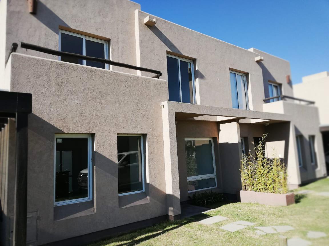 Foto Departamento en Alquiler en  General Pico,  Maraco  121 esq 300 D13 - Altos del Solar