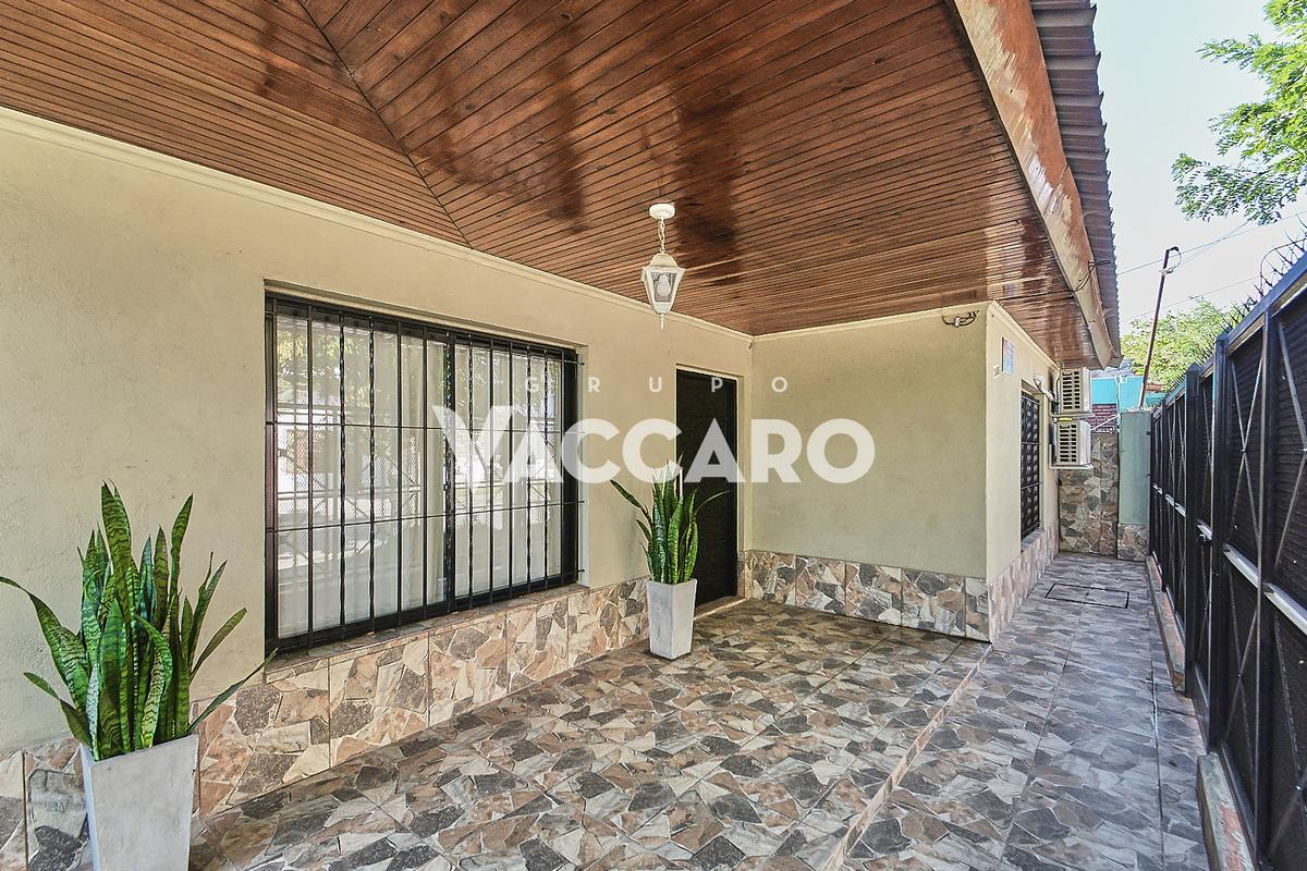Foto Casa en Venta en Intendente Dastugue al 3400, G.B.A. Zona Oeste | Moreno | Paso Del Rey