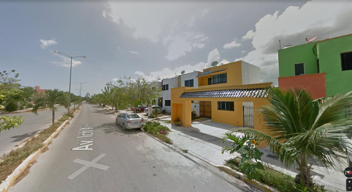 Foto Casa en Venta en  Playa del Carmen,  Solidaridad  REMATE BANCARIO EN PLAYA DEL CARMEN - CATALUÑA