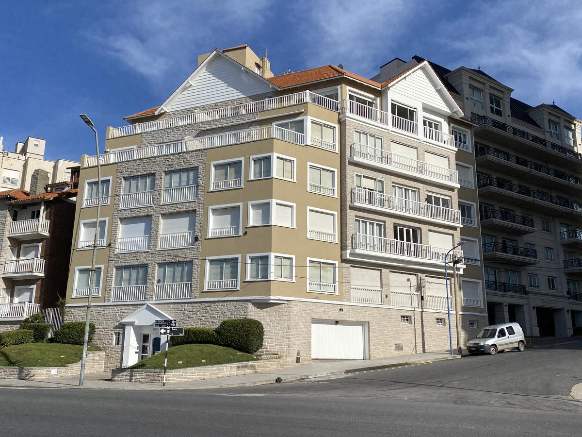 Foto Departamento en Alquiler temporario en  Playa Chica,  Mar Del Plata  Boulevard Maritimo 4900 -Playa Chica- Mar del Plata
