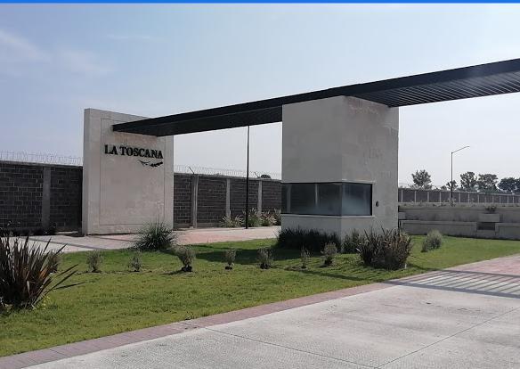 Foto Local en Renta en  León ,  Guanajuato  Local en centro comercial en renta en Presidentes de México / León (Guanajuato).