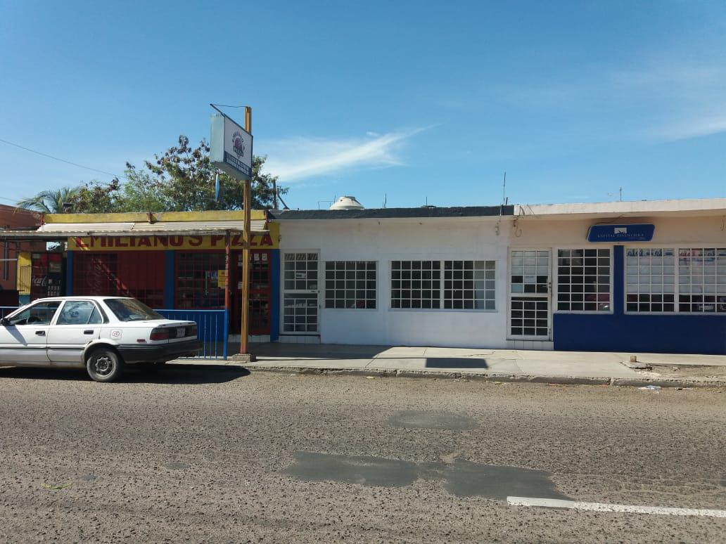 Foto Local en Renta en  INFONAVIT,  La Paz  Local Comercial.