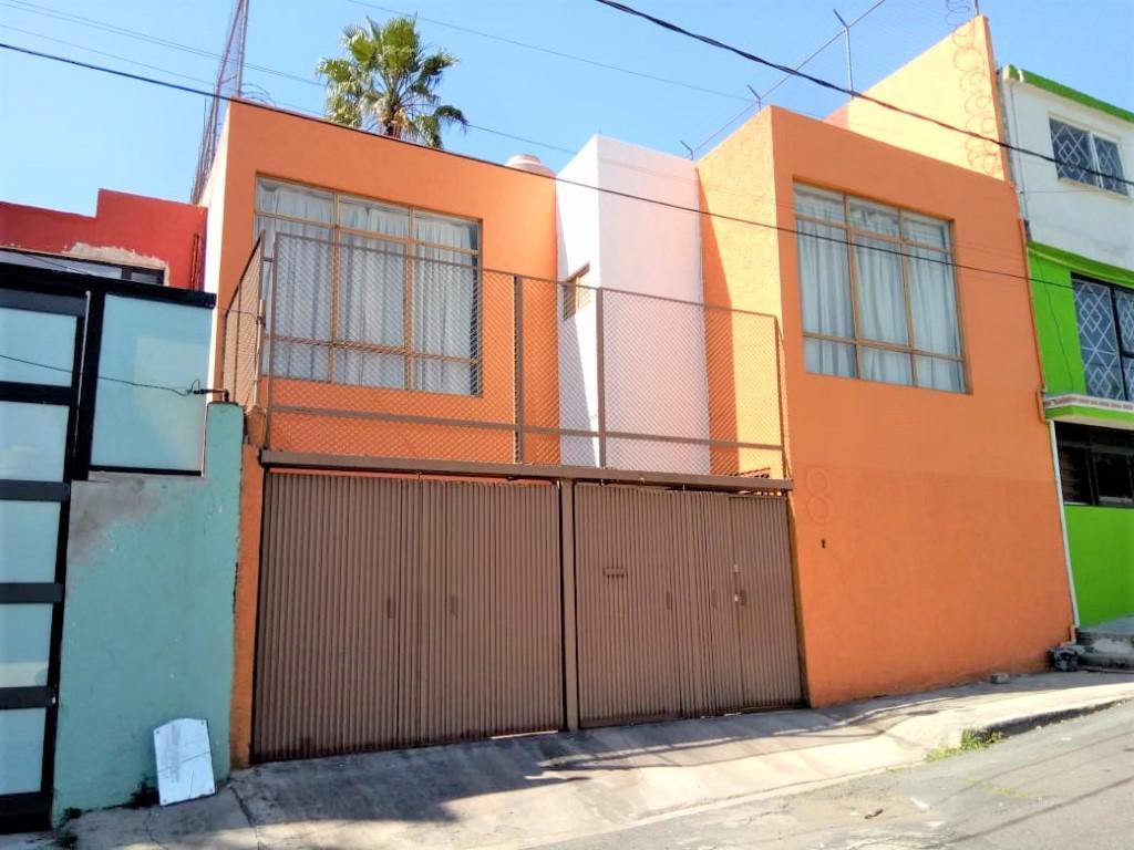 Foto Casa en Venta en  Adolfo Ruiz Cortines,  Coyoacán  CASA en VENTA cerca del DEPORTIVO GUAYAMILPAS  y museo DIEGO RIVERA en  COYOACAN CDMX