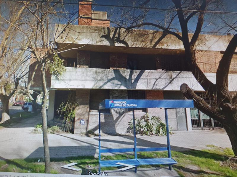 Foto Casa en Venta en  Lomas de Zamora Oeste,  Lomas De Zamora  Alvear al 800