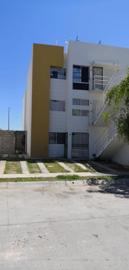 Foto Departamento en Venta en  Bahía de Banderas ,  Nayarit   DEPARTAMENTO PLANTA BAJA EN FRACCIONAMIENTO JARDÍN LAS ARBOLEDAS