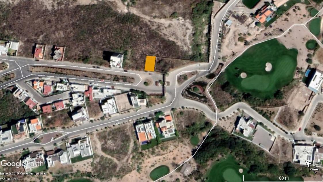Foto Terreno en Venta en  Lomas del Tecnológico,  San Luis Potosí  TERRENO EN VENTA EN AV. TERCER MILENIO IDEAL PARA DEPARTAMENTOS O CASA CON VISTA AL CLUB DE GOLF