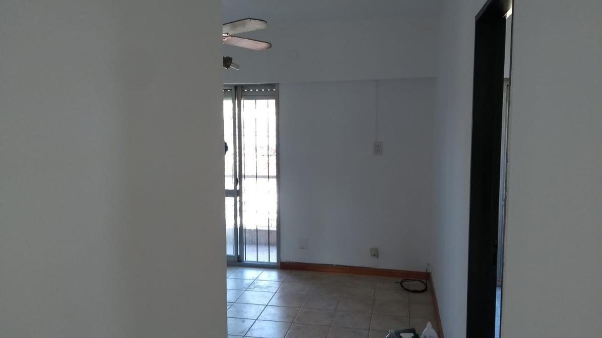 Foto Departamento en Venta en  Echesortu,  Rosario  Alsina al 1600