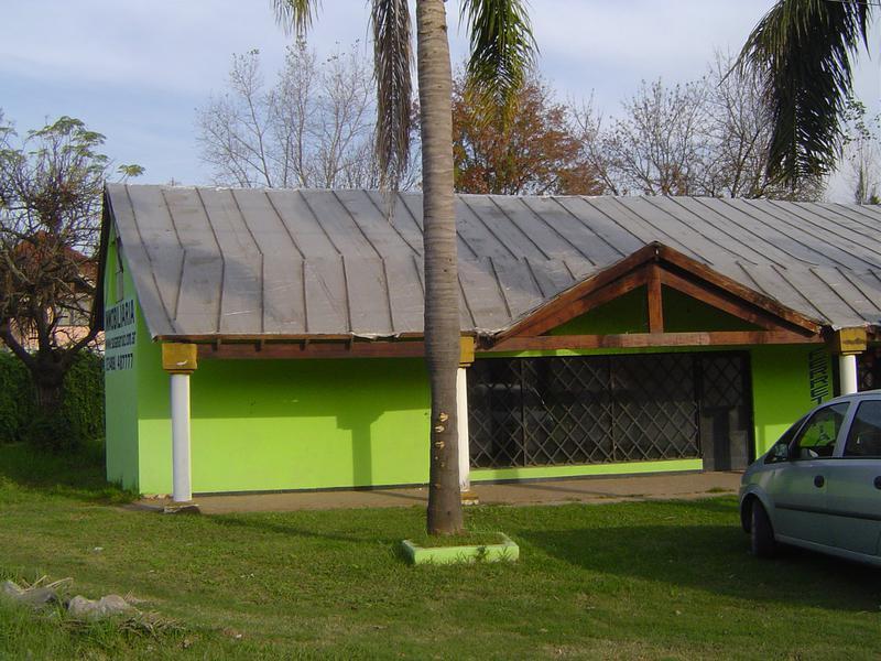 Foto Local en Alquiler en  Esc.-Centro,  Belen De Escobar  Av. San Martín 2181