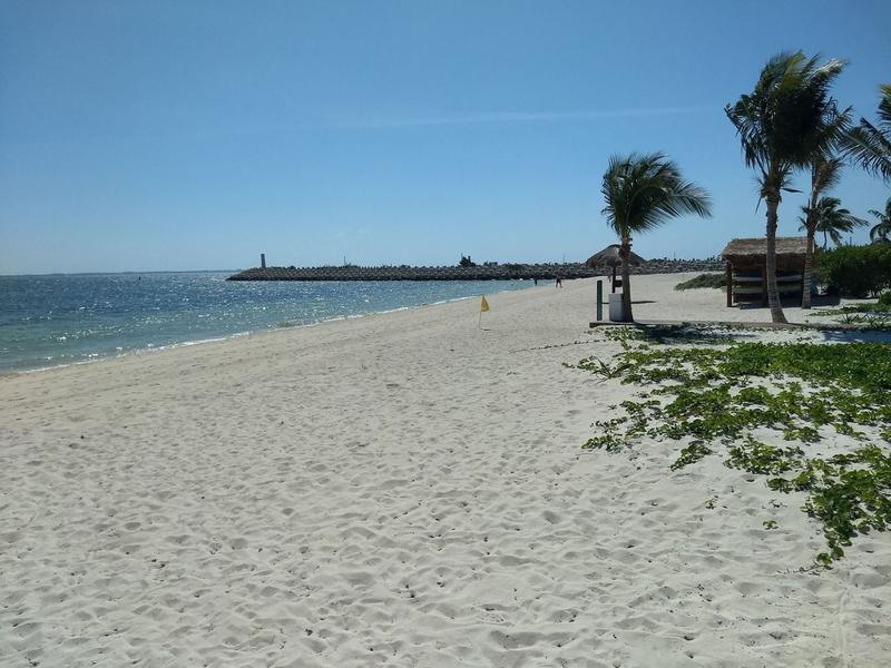 Foto Departamento en Venta en  Isla Blanca,  Isla Mujeres  Vendo Departamento 1 Recamara Cancun acceso a playa, marina, alberca,