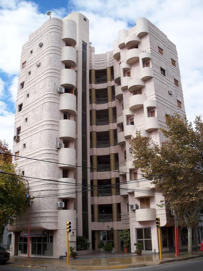 Foto Departamento en Alquiler en  Capital ,  San Juan  Mendoza y 25 de Mayo - Ed. Mapal - 4º Piso