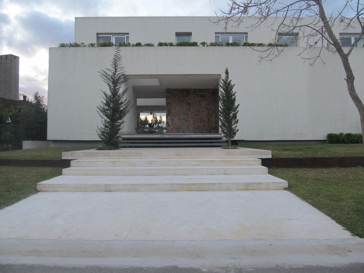 Foto Casa en Alquiler en  Albanueva,  Countries/B.Cerrado (Tigre)  Santa María de las Conchas al 4200  Barrio Albanueva, Tigre
