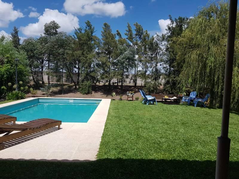 Foto Casa en Venta | Alquiler en  Las Glorietas,  Nordelta  Glorietas 488