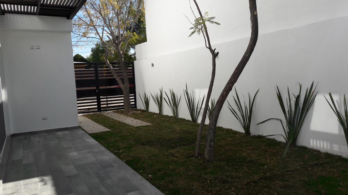 Foto Casa en Venta en  Fraccionamiento Campestre La Herradura,  Aguascalientes  Residencia en Campestre La Herradura