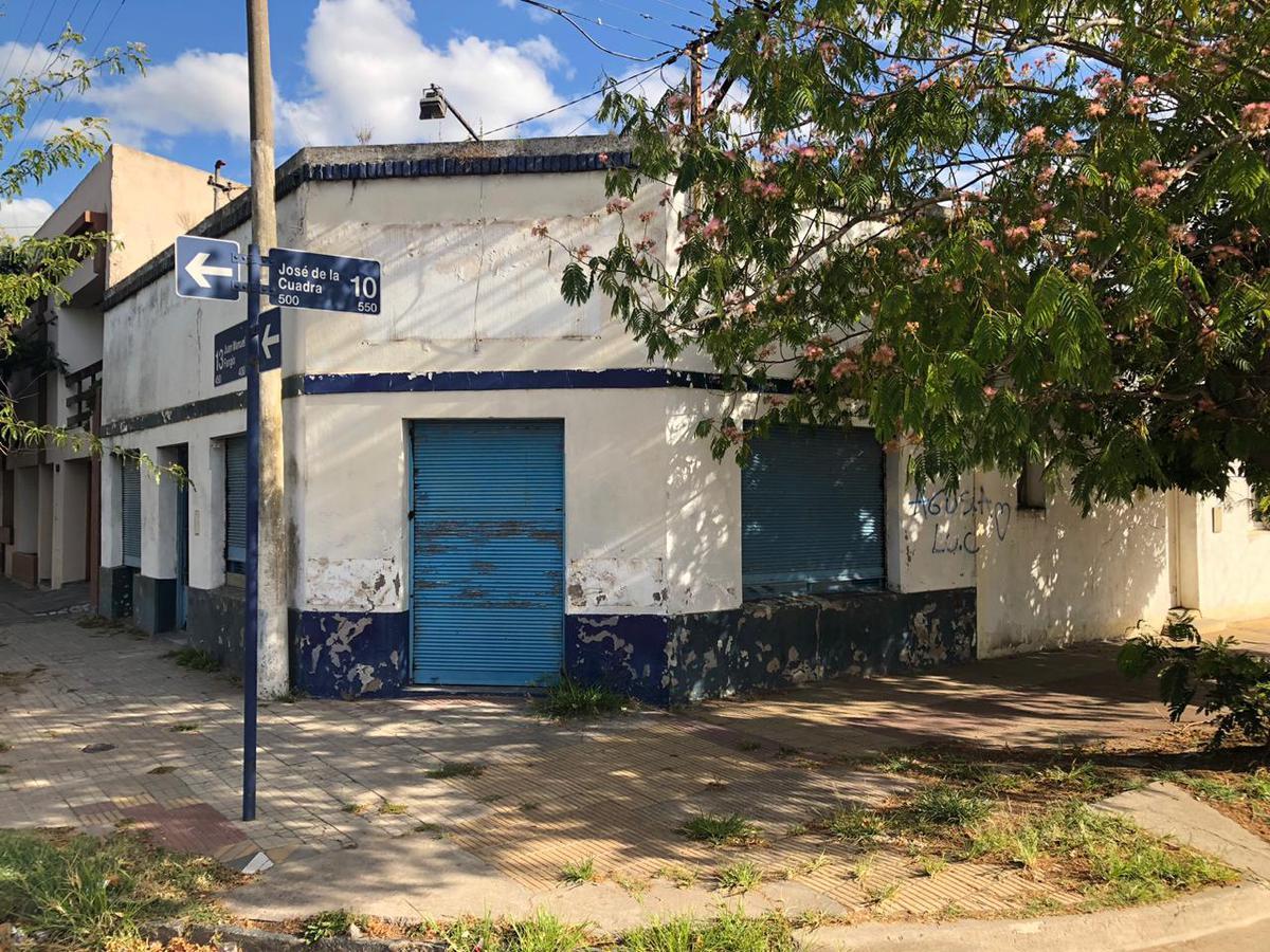 Foto Local en Venta en  Balcarce,  Balcarce  CALLE 13 Y 10
