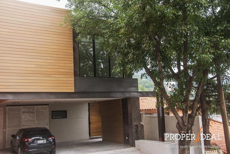 Foto Casa en Venta en  Colonial La Sierra,  San Pedro Garza Garcia  VENTA CASA COLONIAL DE LA SIERRA SAN PEDRO
