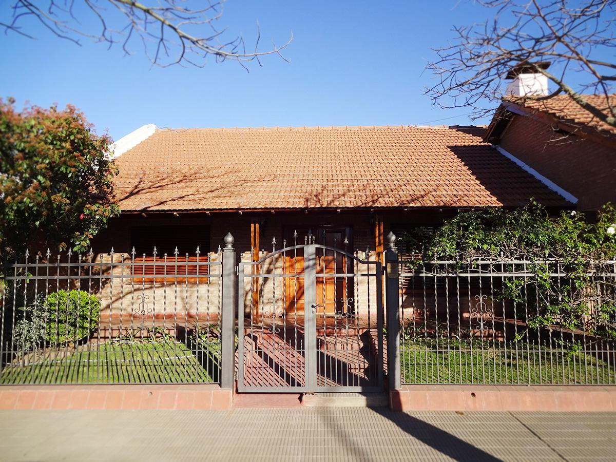 Foto Casa en Venta en  General Pico,  Maraco  Calle 5 e/ 26 y 28