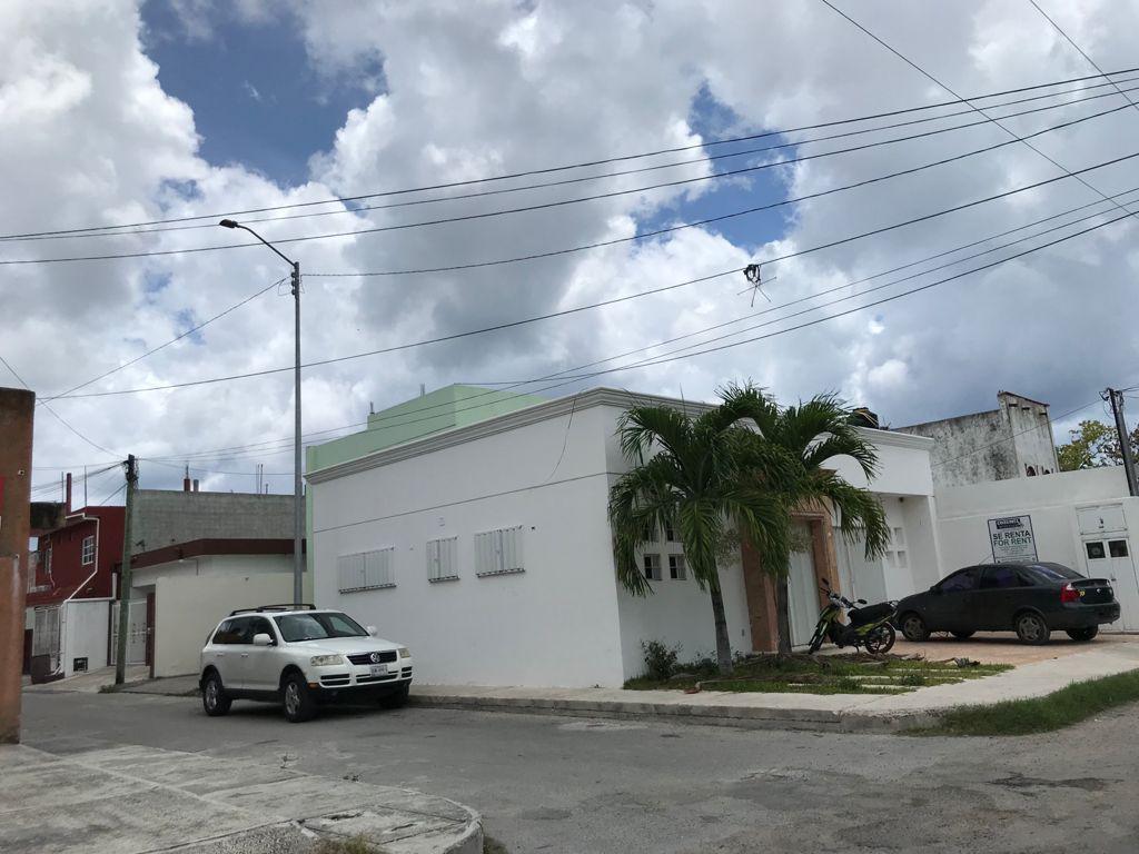 Foto Edificio Comercial en Venta en  Cozumel ,  Quintana Roo  EDIFICIO COMERCIAL  1 AV. SUR CON 80 AVENIDA SUR,  FLORES MAGON