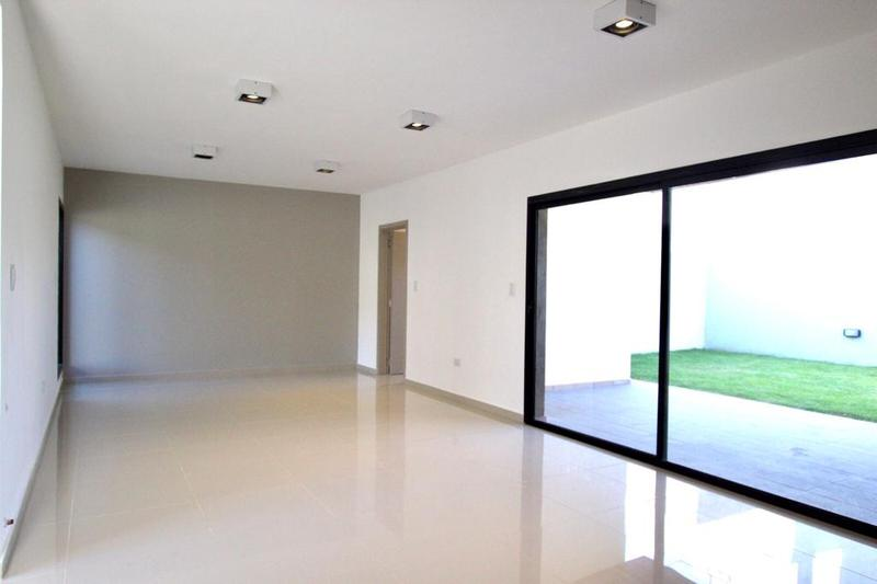 Foto Casa en Venta en  Miradores de Manantiales,  Cordoba Capital  Miradores de Manantiales - Casa - 2 Dormitorios, ampliable! Pre-Venta!