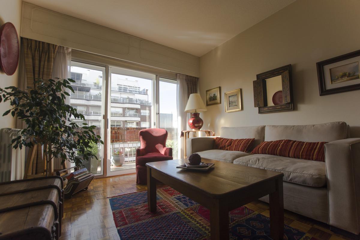Foto Apartamento en Venta en  Pocitos ,  Montevideo  Tomás Diago próximo Br. España