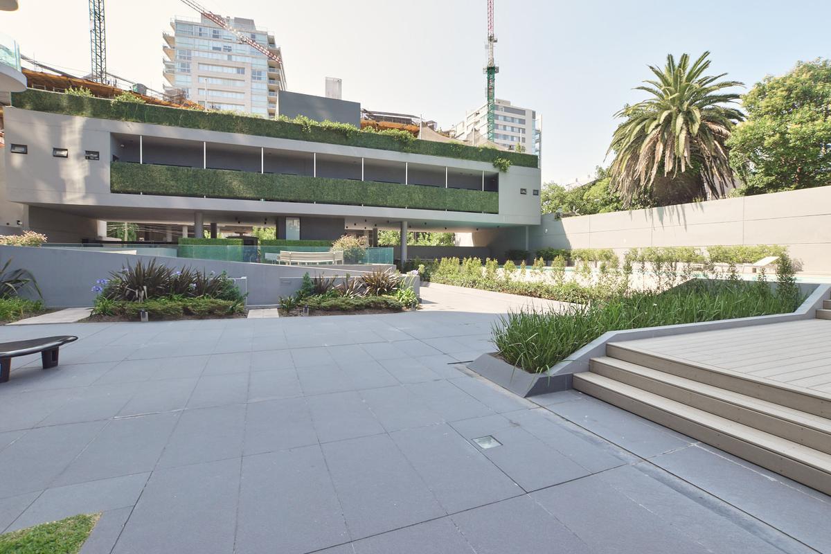 Foto Departamento en Alquiler en  Vicente López ,  G.B.A. Zona Norte  Arenales al 500