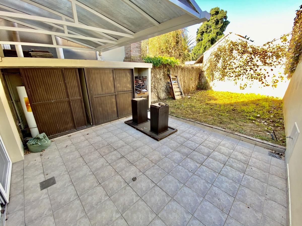 Foto Casa en Venta en  Olivos,  Vicente López  Roque Saenz Peña  al 3200