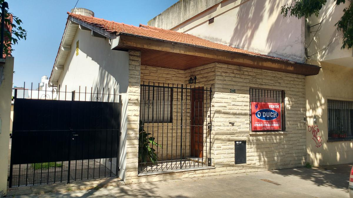 Foto Casa en Venta en  Olivos-Maipu/Uzal,  Olivos  Domingo Faustino Sarmiento al 3400