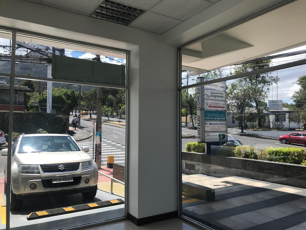 Foto Local en Alquiler en  Centro Norte,  Quito  Mariana de Jesus