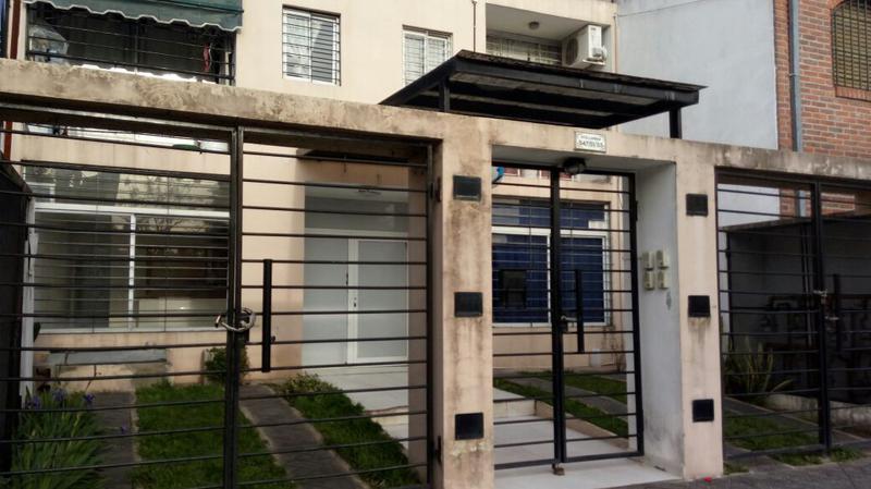Foto Departamento en Alquiler en  San Miguel ,  G.B.A. Zona Norte  Avellaneda al 500