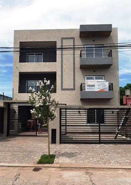 Foto Departamento en Venta en  General Rodriguez ,  G.B.A. Zona Oeste  Moreno 565, 1er piso C