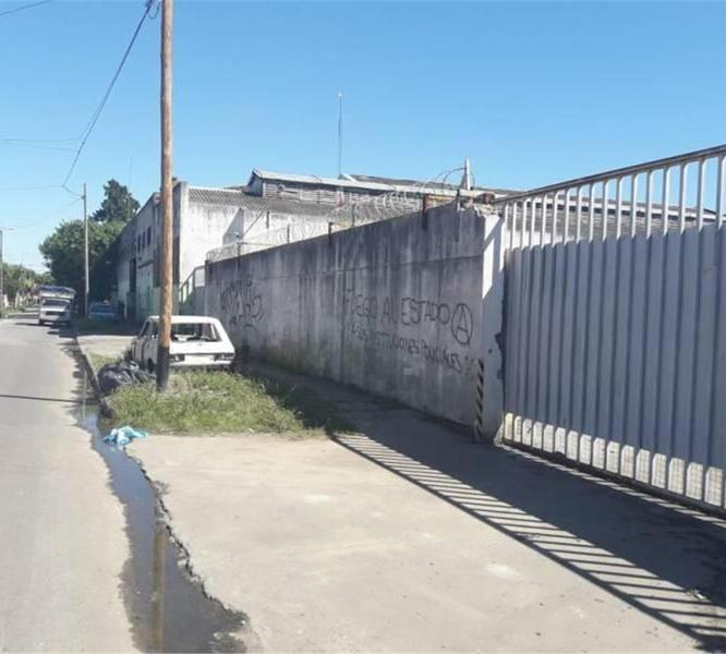 Foto Galpón en Venta en  Wilde,  Avellaneda  Martinto Al  300