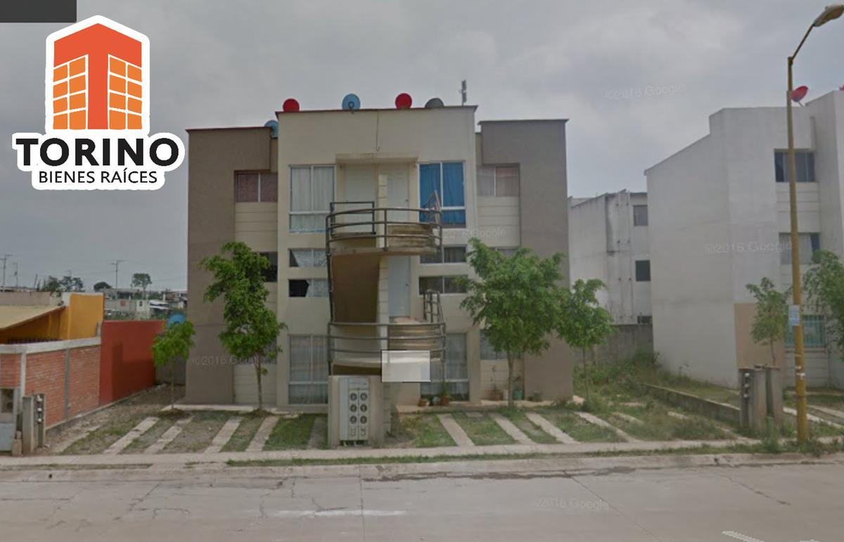 Foto Departamento en Venta en  FREDEPO,  Xalapa  DEPARTAMENTO EN VENTA- FRACCIONAMIENTO LOMAS DE SANTA FE - XALAPA  1ER NIVEL