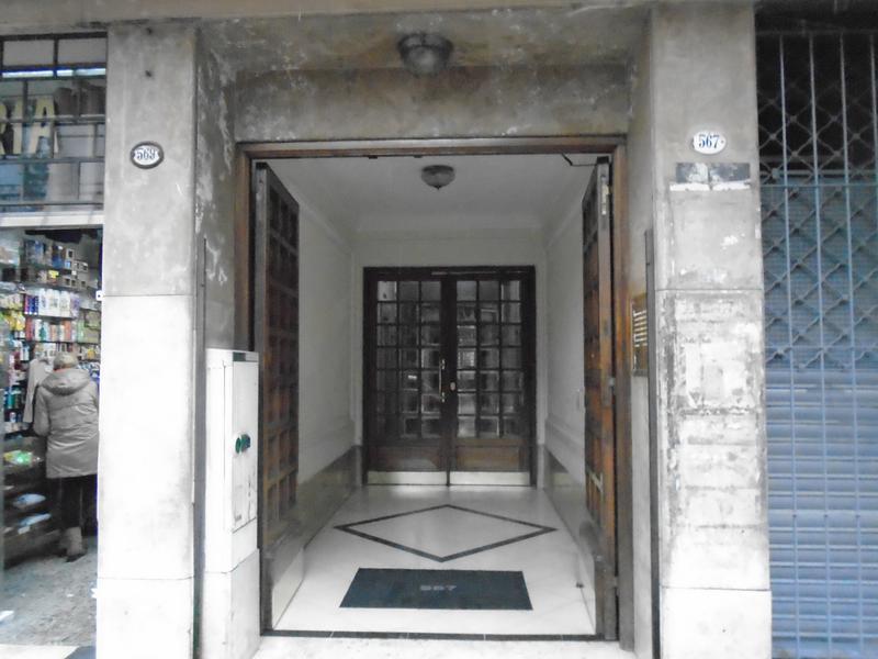 Foto Departamento en Alquiler |  en  San Telmo ,  Capital Federal  Chacabuco  al 500