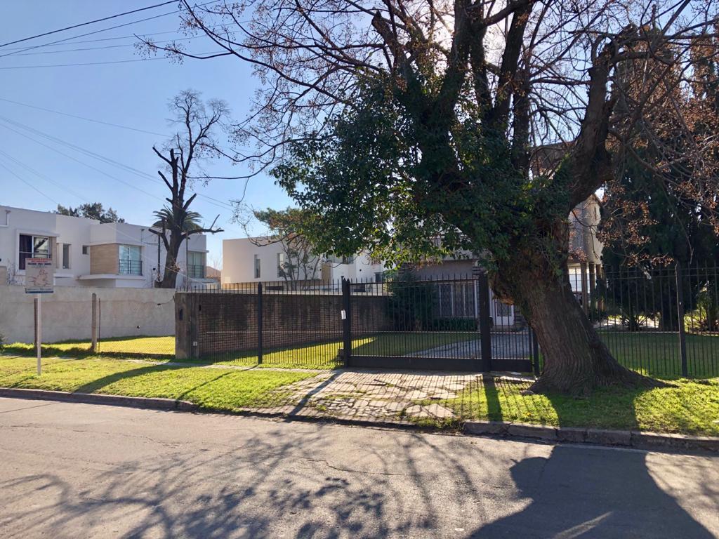 Foto Casa en Venta en  Ituzaingó Norte,  Ituzaingó  Laprida al 400