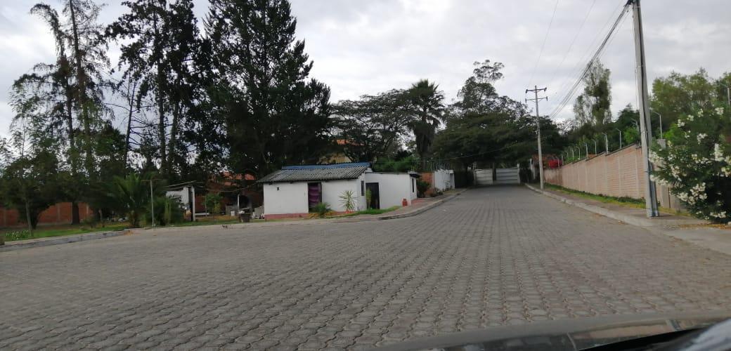 Foto Terreno en Venta en  Puembo,  Quito  TERRENO EN PUEMBO