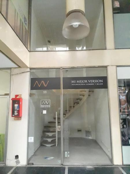 Foto Local en Alquiler en  Caballito ,  Capital Federal  Av. Rivadavia al 5000