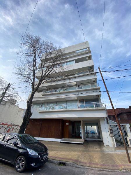 Foto Departamento en Venta en  La Plata,  La Plata  22 Entre 51 y 53