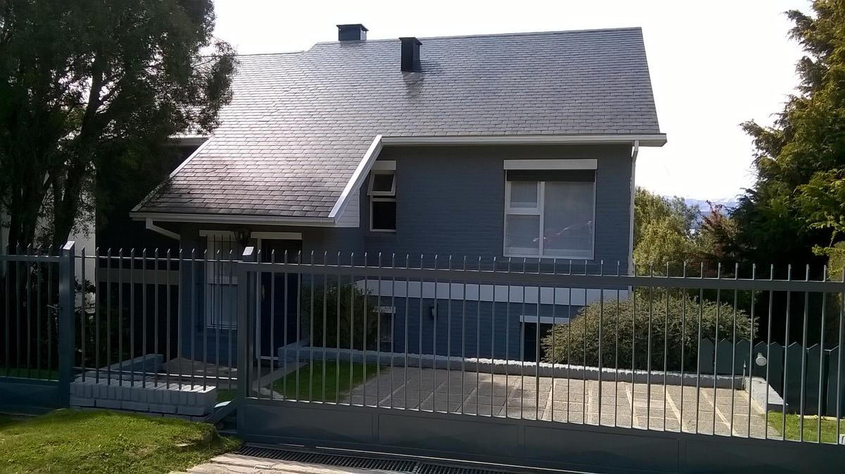 Foto Casa en Venta en  Melipal,  San Carlos De Bariloche  Roca al 3500