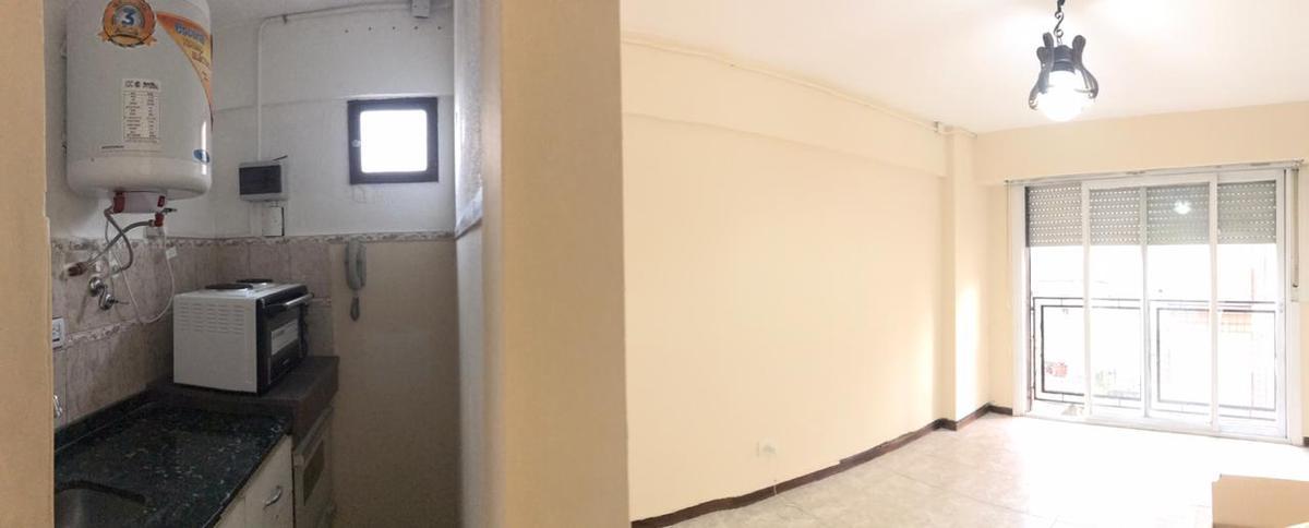 Foto Departamento en Venta en  Lomas de Zamora Oeste,  Lomas De Zamora  Alem al 300