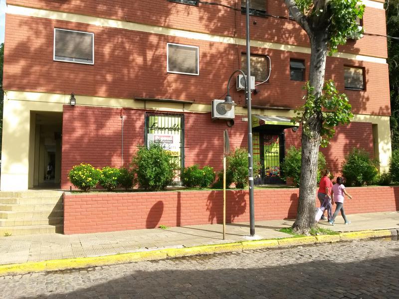 Foto Local en Venta en  San Fernando ,  G.B.A. Zona Norte  Av. Libertador 405. local Nº6