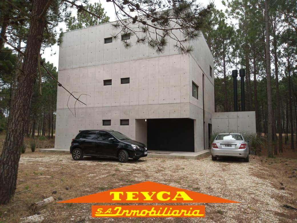Foto Casa en Venta en  Pinamar Norte,  Pinamar  Helios 1203