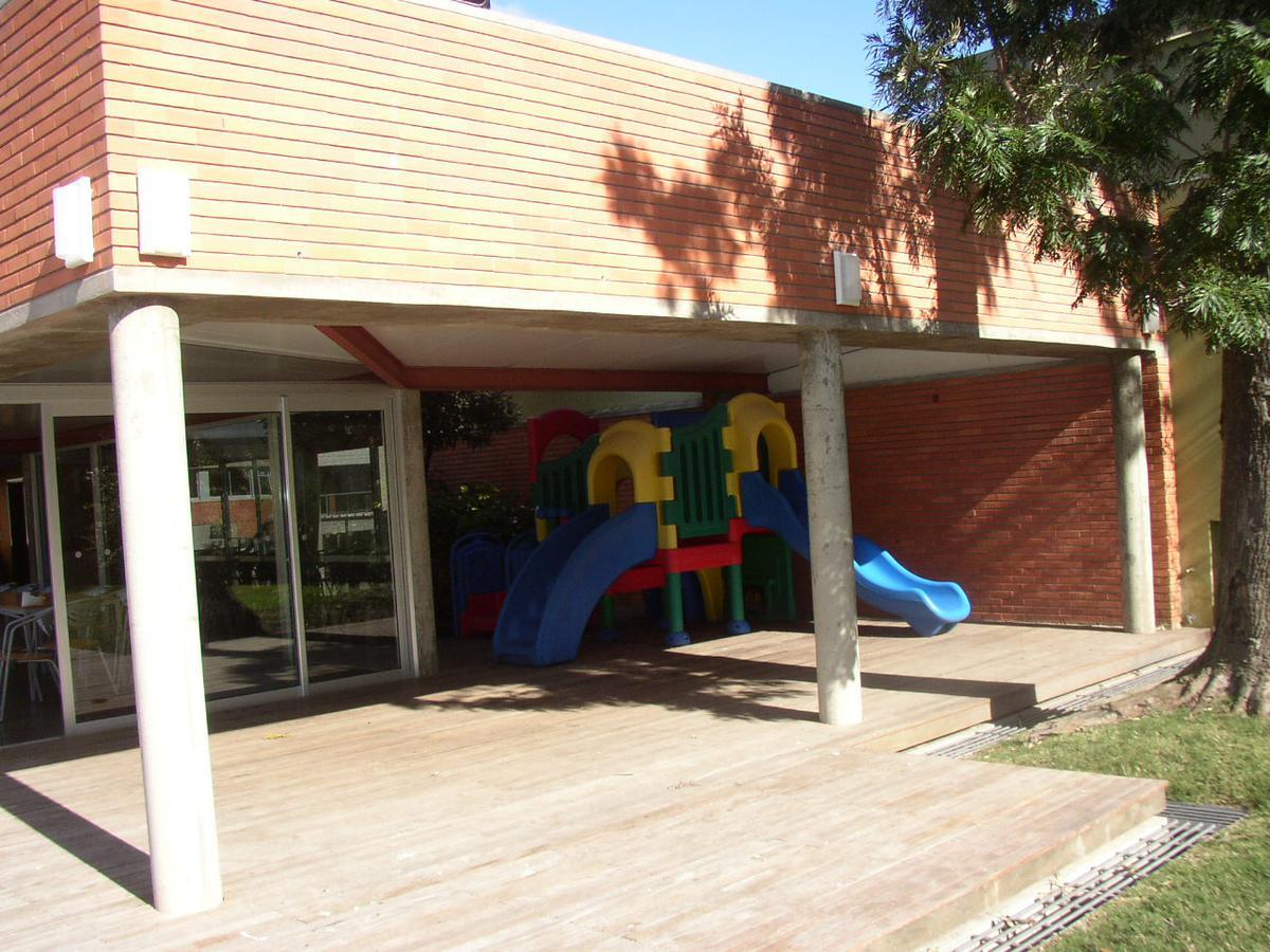 Foto Departamento en Alquiler en  Malvín ,  Montevideo  Malvín