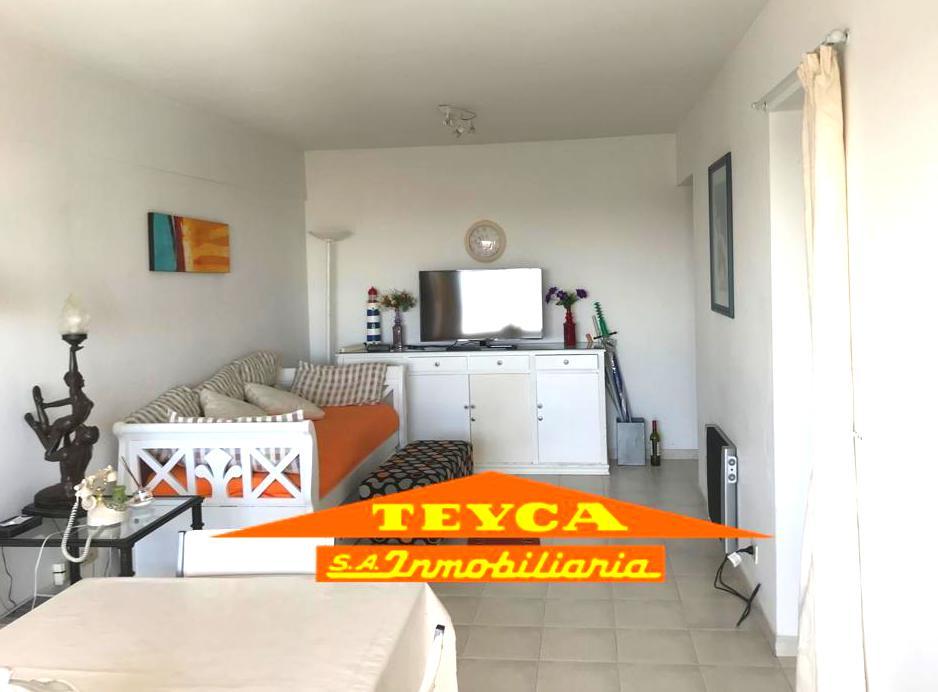 Foto Departamento en Alquiler temporario en  Pinamar ,  Costa Atlantica  GAVIOTAS 65 - 17° PISO