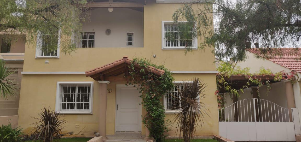 Foto Casa en Venta en  Dalvian,  Mendoza  BºDalvian1