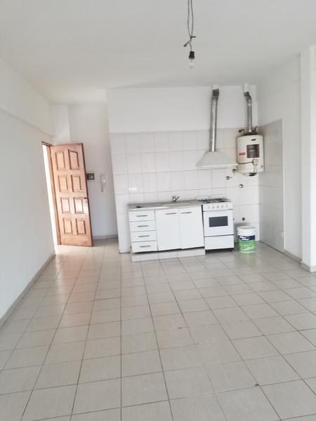 Foto Departamento en Alquiler en  Virr.-Oeste,  Virreyes  Av. Avellaneda al 5300