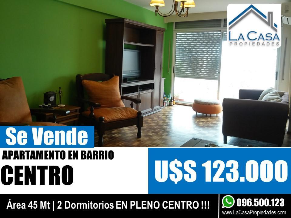 Foto Apartamento en Venta en  Centro,  Montevideo          CANELONES 857