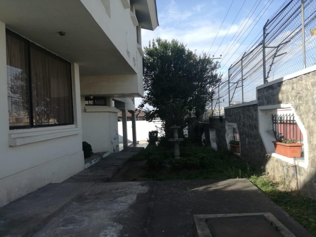 Foto Casa en Alquiler en  Quito ,  Pichincha  SECTOR EL CONDADO