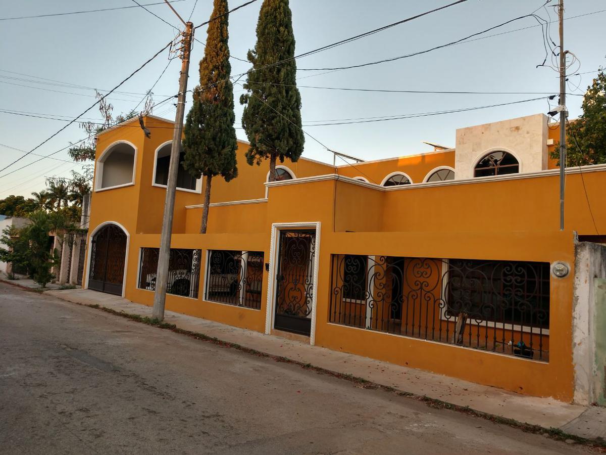 Foto Casa en Renta en  Fraccionamiento San Antonio Cinta,  Mérida  Casa en venta/renta amueblada en Merida, San Antonio Cinta, cerca de Altabrisa y Plaza Fiesta