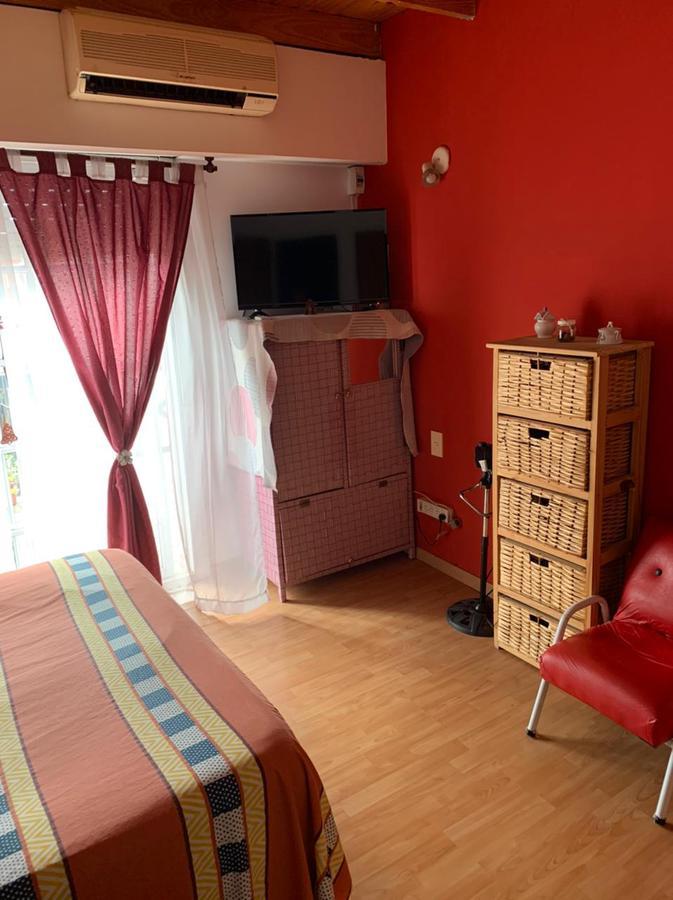 Foto Casa en Venta en  Burzaco,  Almirante Brown  Soler 1050 Casa 23 E Bº Los Robles