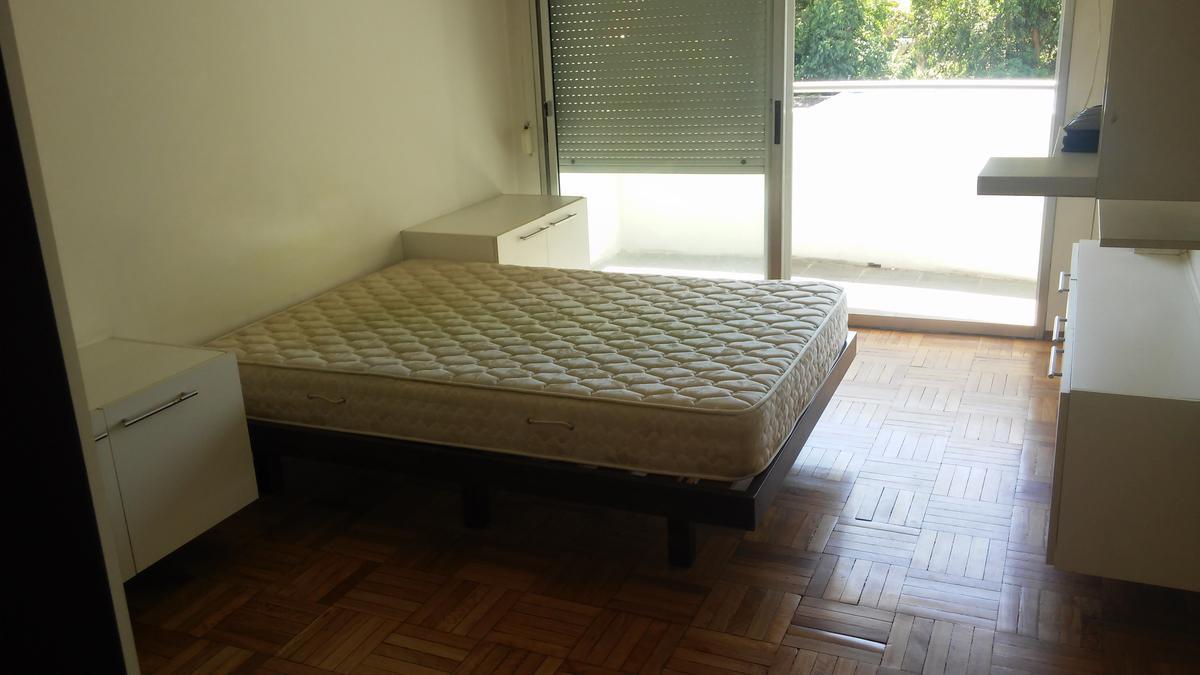 Foto Apartamento en Venta   Alquiler en  Malvín ,  Montevideo  Rambla de Malvin y Concepcion del Uruguay  - monoambiente